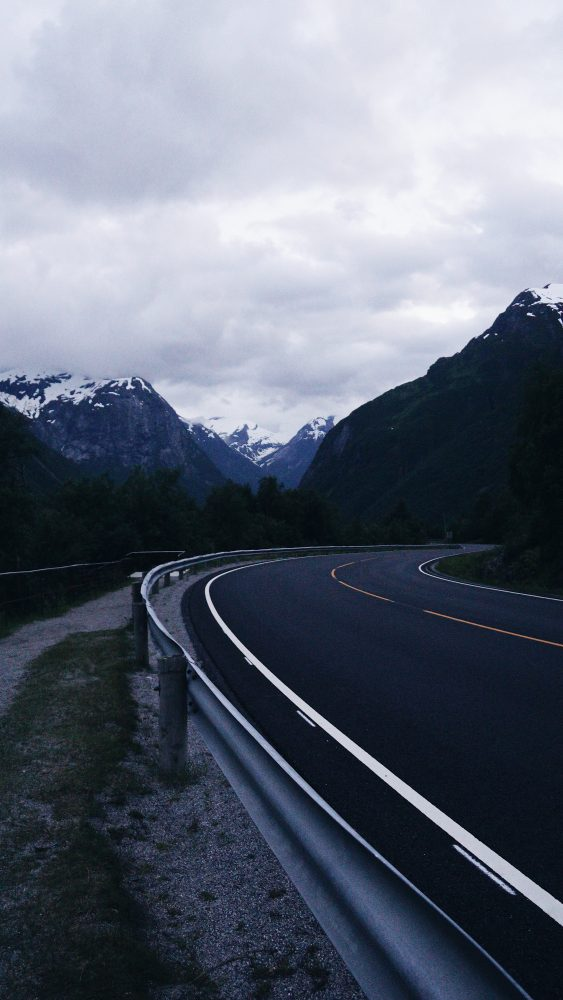 THE MOVING FEET - Dos semanas de road trip por Noruega